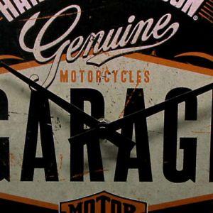 Wanduhr-Harley-Davidson-detail