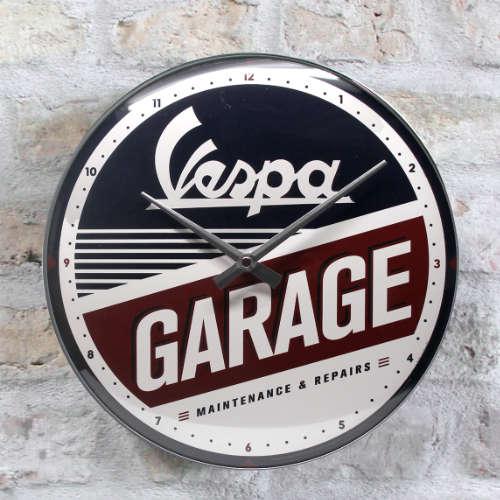 Wanduhr-Vespa-Garage