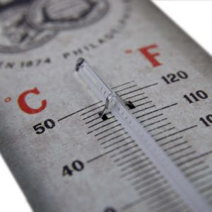 Blechthermometer-Detail